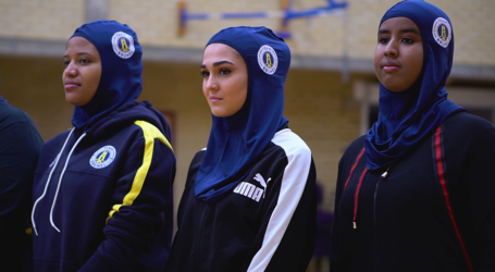 An Universities in UK Produces Hijab for Muslim Students