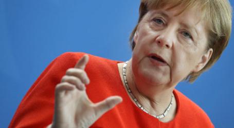 German Chancellor Calls Arab States to Respect Human Rights