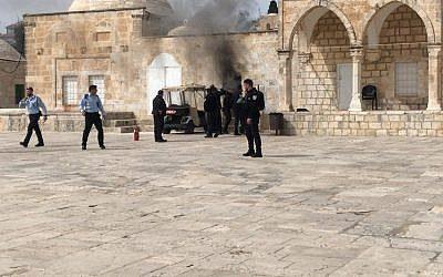 Israeli Police Reopen Al-Aqsa Complex on Wednesday