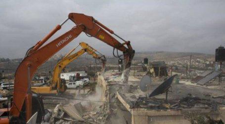 Israel Destroy Two Palestinian Houses in Jerusalem