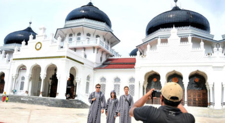 Indonesia Targets 30 Percent Increase in Halal Tourism