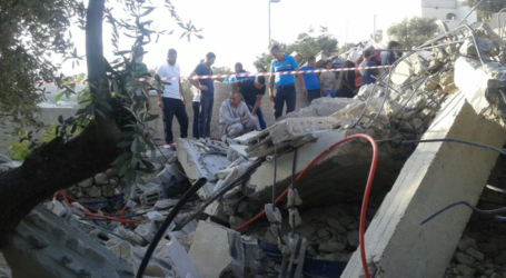 Israel Knocks Down 25 Palestinian Facilities in Jerusalem