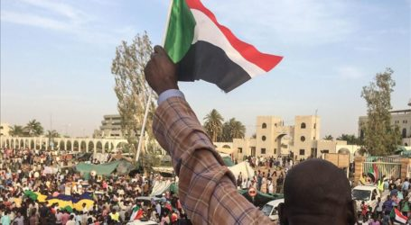 Arab League Backs Sudan's Transitional Military Council