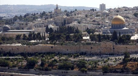 Over 1.100 Settlers Tour Aqsa Amid Violence: Official
