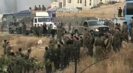 Israeli Soldiers Celebrate Destruction of Palestinian Houses in Wadi Homs