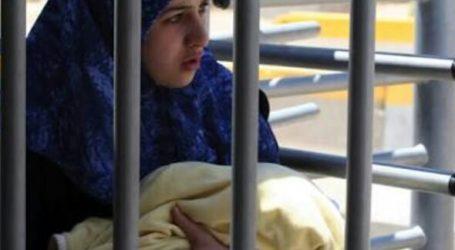 As 40 Palestinian Female Detained in Israeli Prisons