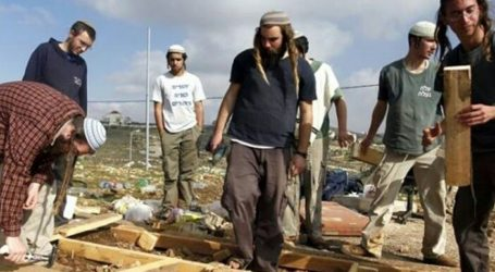 Israel Recommends Settlers to Buy Palestinian Land without Mediation