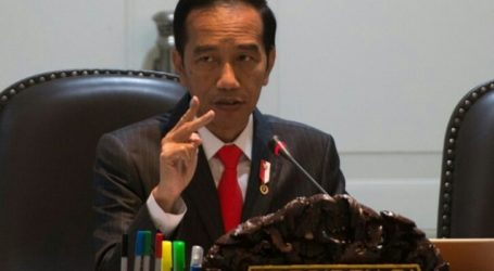 Jokowi Orders Investigation of Two-Dead College Students During Demontration