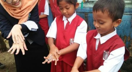 As 658 Indonesian Students Commemorate World Handwashing Day