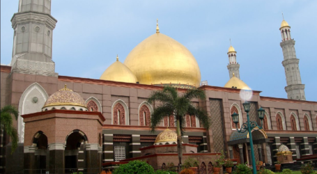 Mosques Must Keep Maintaining Islamic Symbols During Covid-19