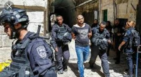 Israeli Police Attack Palestinian TV Office in Jerusalem