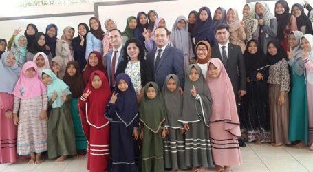 Azerbaijani Ambassador to Indonesia Visits Orphanage in Jakarta