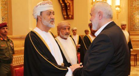 Hamas Leader Arrives in Oman to Condolence for Sultan Qaboos