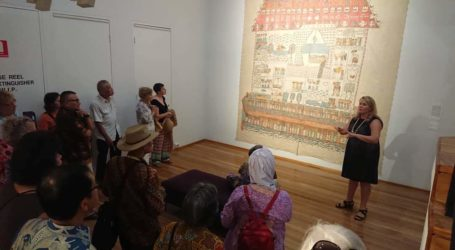 Indonesia Donates Books for Museums in Australia