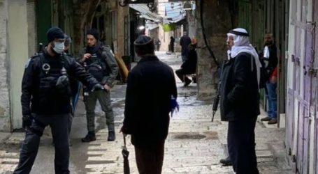 Israel Closes Gates of Al-Aqsa Mosque
