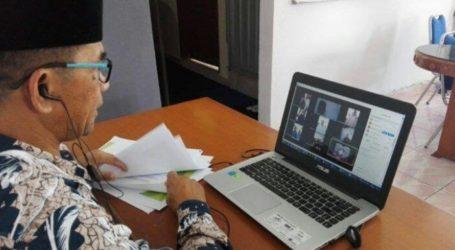 COVID-19 Impact, Indonesian Hajj Candidates Perform Online Rituals