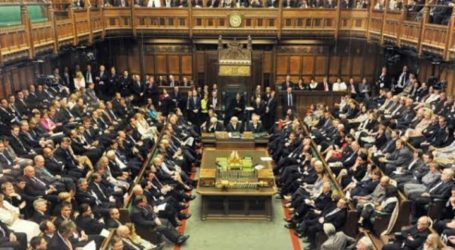 As 127 British Politicians Demand the Government Impose Sanctions on Israel