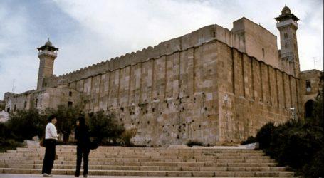 Hamas: Israel Project Near Ibrahim Mosque Damaged Islamic Site