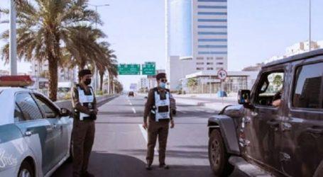 Saudi Arabia Bans Meeting More Than Five People