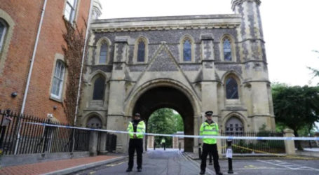 Three People Killed in Stabbing Attack in English Town of Reading
