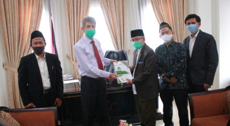 A Special Interview with the Palestinian Ambassador to Indonesia, H.E Zuhair Al Shun