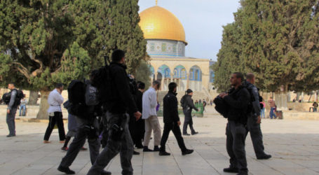 More than 950 Settlers Storm Al-Aqsa Mosque