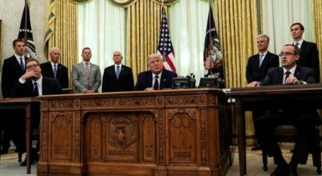 PLO: Trump Forces Countries to Move Their Embassies to Jerusalem