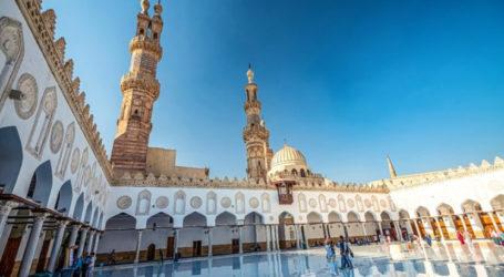 Fire at Al-Azhar Mosque Under Control
