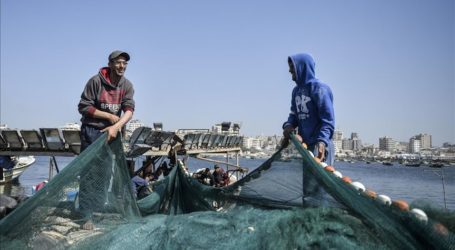 Palestinian Workers Union Demands Egypt to Release Detained Fishermen
