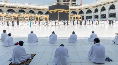 Saudi Minister: 'Umrah' Strategy for Ramadan Sees Success