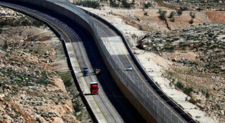 Israel Begins Construction of Inter-Settlement Roads in West Bank