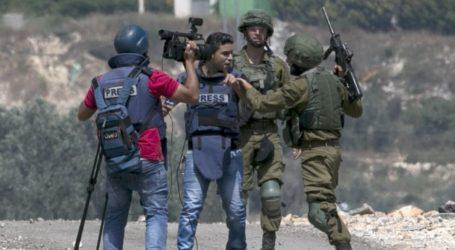 Palestine TV Crew Under Attack by Israeli Settlers
