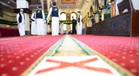 Saudi Closes 52 Mosques Over Past Five Days
