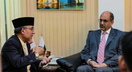 Imaam Yakhsyallah Meets Pakistani Ambassador Discussing Kashmir Issue