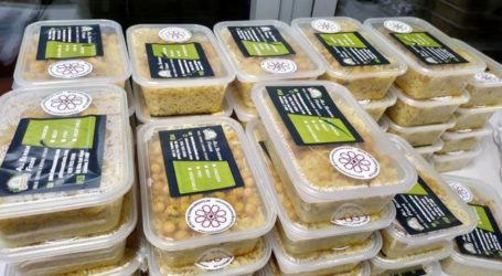 London Mosque Donates Thousands of Iftar Meals to Needy