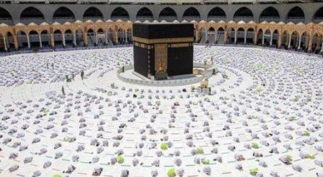 1.5 Million People Visit Makkah's Grand Mosque During First Ten Days of Ramadan