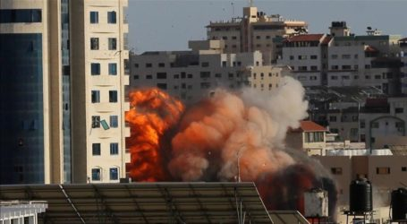 Qatar Red Crescent Office in Gaza Destroyed by Israeli Attacks