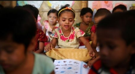 Rights Group: Rohingya Refugees Bangladesh Need Formal Education