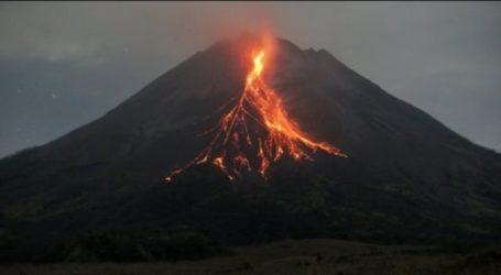 Mount Merapi Erupts Releasing Plumes, Lava