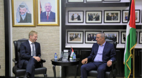 European Union Envoy to the Middle East Peace Process Meets with Palestinian Officials