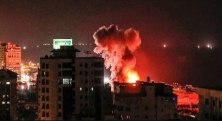 Israel Responds to Gaza Balloons with Air Strikes