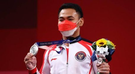 Tokyo 2020 Olympics: Indonesian Weightlifter Wins Silver Medal