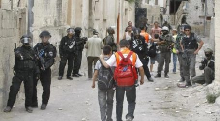 Israeli Forces Attack Two Palestinian Schools