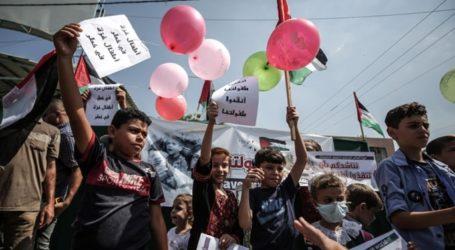 Hundreds of Gaza Children Join Israel Blockade Protests