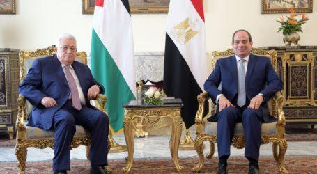 Abbas Meets President El-Sisi in Cairo