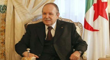 Former Algerian President Bouteflika Dies
