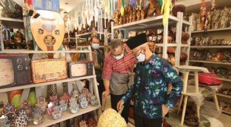 Indonesian Furniture and Handicraft Products Become Excellent Export Commodities