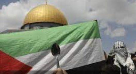 Hundreds of Palestinians Hold A Spoon Parade, Liberation Symbol