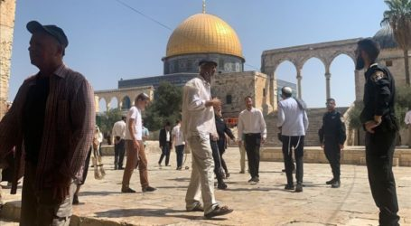 Dozens of Israeli Settlers Storm Al-Aqsa Mosque
