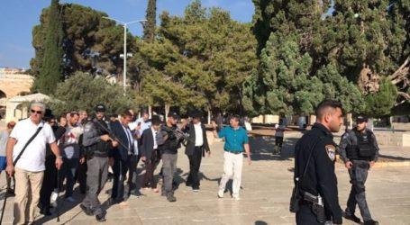 Waqf Departmen Warns of Al-Aqsa Raid by Temple Organizations